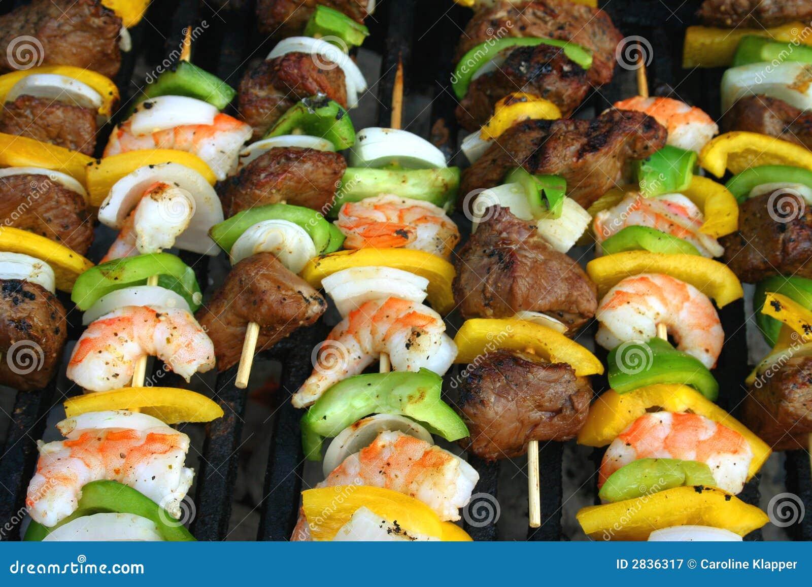 recipe: easy steak and shrimp kabobs [39]