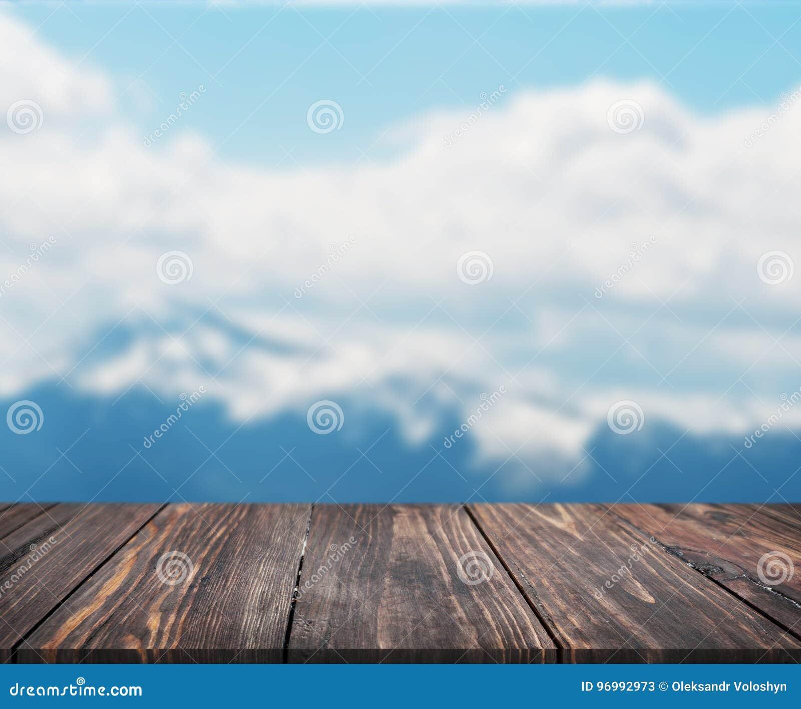 Beeld van houten lijst voor samenvatting vage achtergrond van berg kan voor vertoning of montering uw producten worden gebruikt s