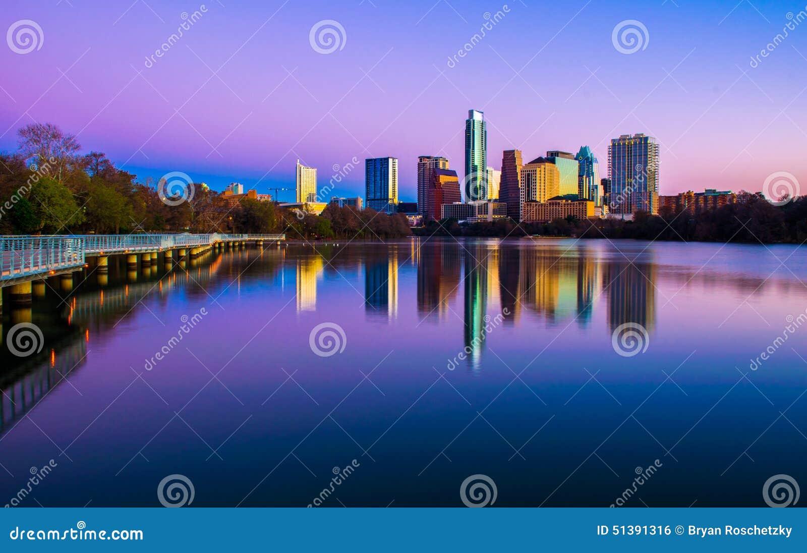 Beeldende kunstencityscape Austin Texas Skyline 2015 wijd