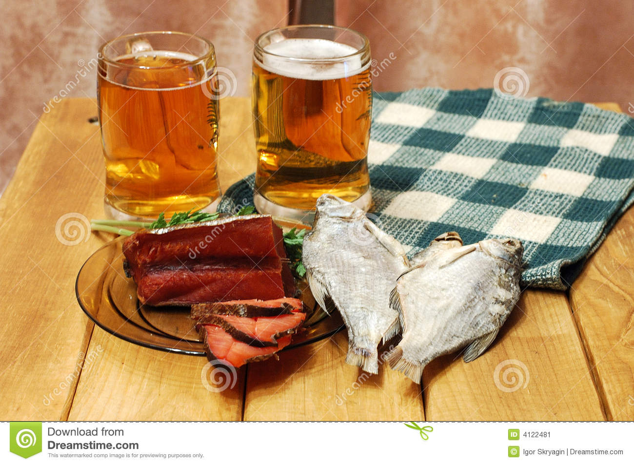 Beer and fish on table stock image image 4122481 for Fish and beer