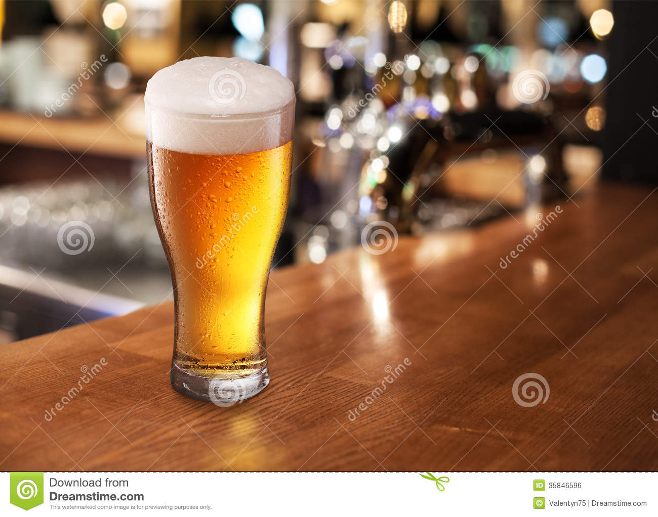 Beer Glass On A Bar Royalty Free Stock Image Image