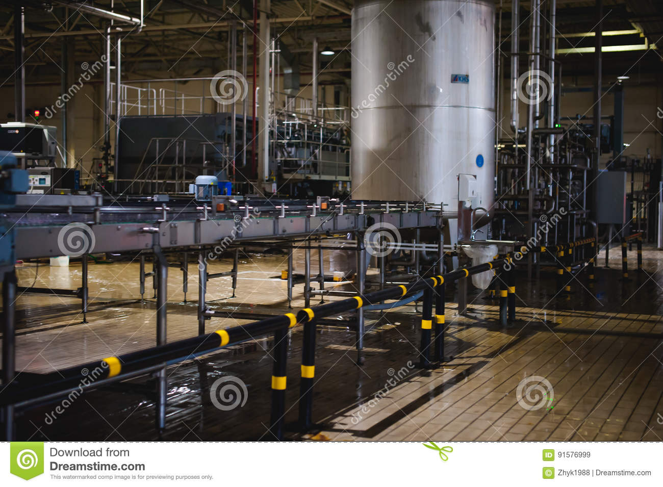 Beer manufacture line. Equipment for staged production bottling of Finished food products. Metal structures, pipes and tanks at en