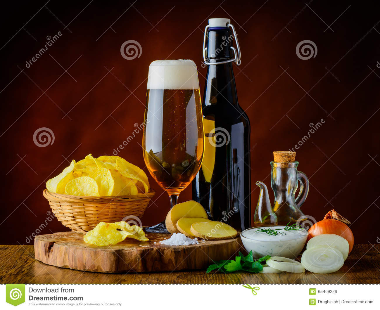 Beer And Potato Chips With Dip Stock Photo - Image of ...
