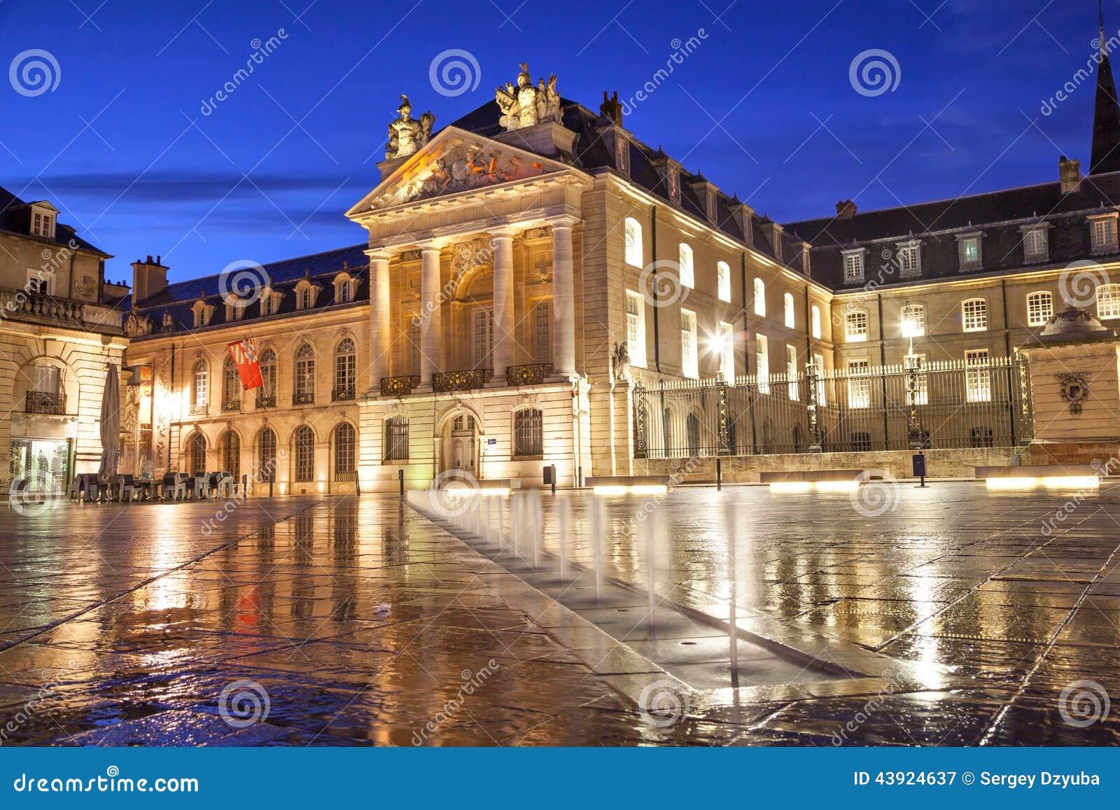 Befrielsefyrkant, Dijon