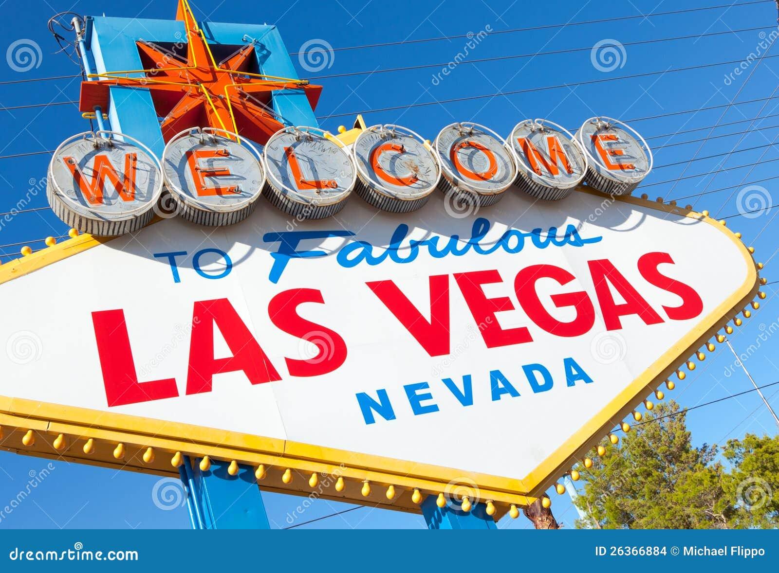 Begrüßen Sie nach Las Vegas Nevada Zeichen an einem sonnigen Nachmittag