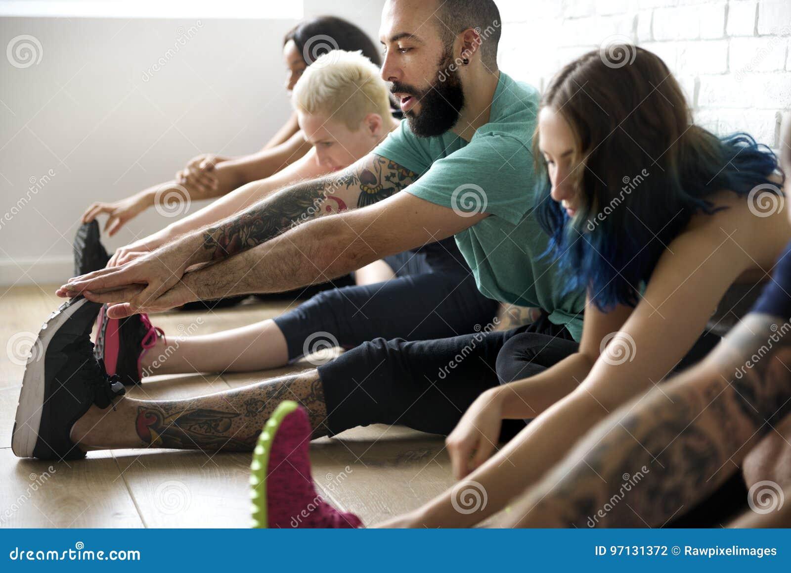 Begrepp för grupp för yogaövningsövning