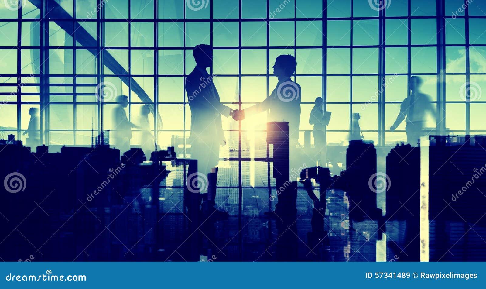 Begrepp för samarbete för abstrakt begrepp för handskakning för affärsmän
