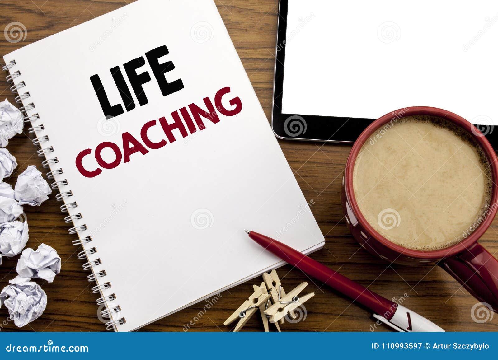 Begreppsmässig coachning för liv för visning för inspiration för överskrift för handhandstiltext Affärsidé för den personliga lag