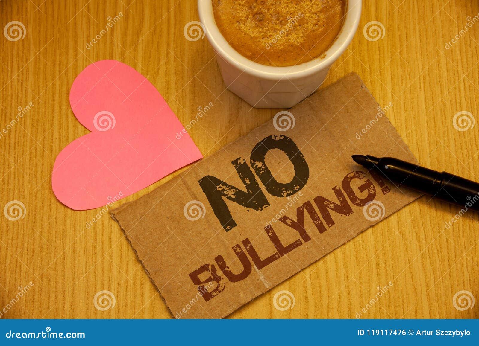 Begreppsmässig handhandstil som visar ingen pennalism Motivational appell Anfall för agression för mobbning för missbruk för affä