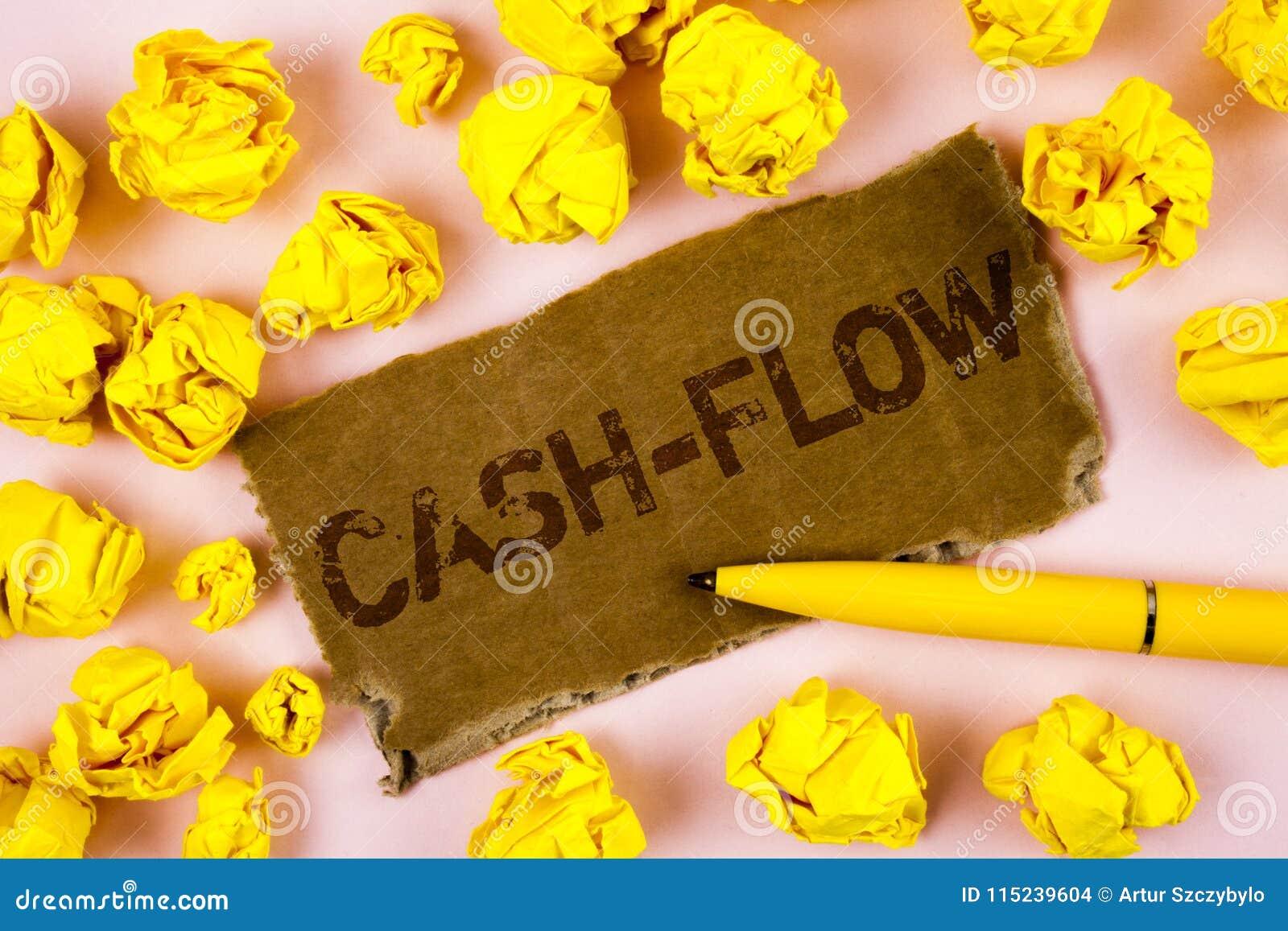 Begriffshandschrift, die Cashflow zeigt Virtuelle Bewegung des Geschäftsfoto-Textes des Geldes durch Firmenkämmereistatistiken