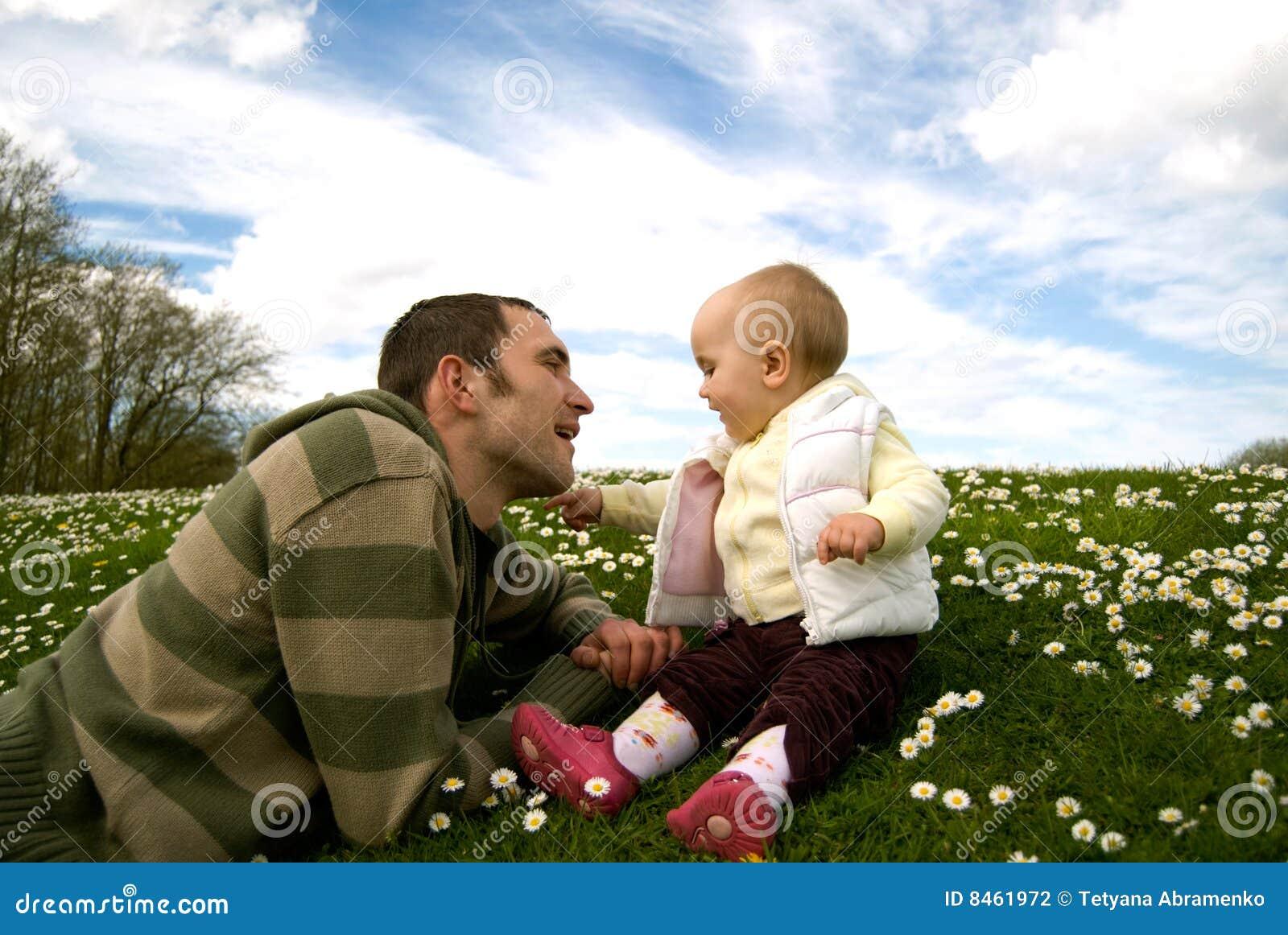 Behandla som ett barn fadern utanför