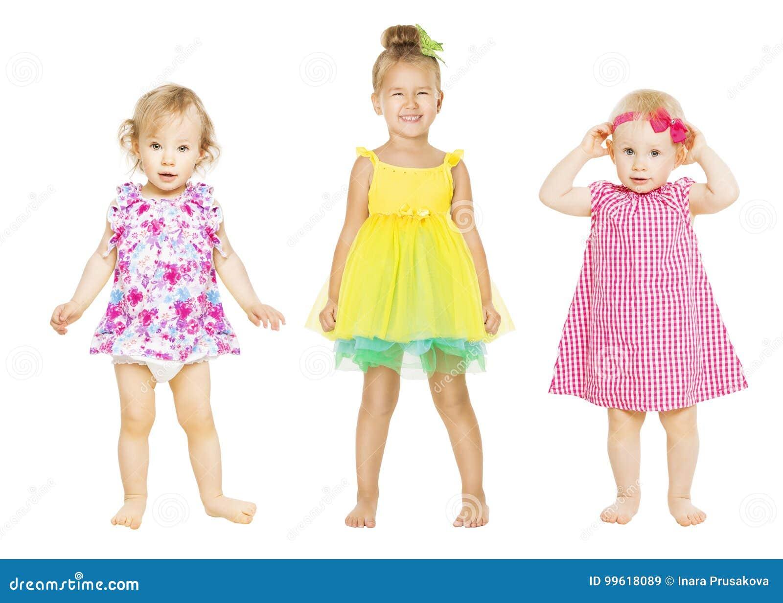 Behandla som ett barn flickor i klänning, ungar gruppen, litet barnbarn