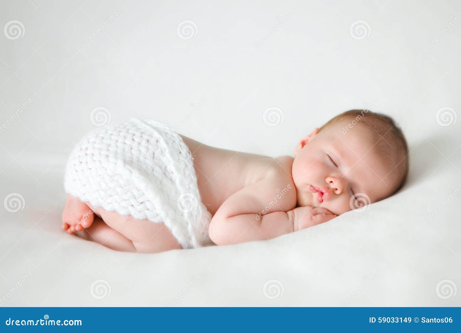 Behandla som ett barn nyfött sova