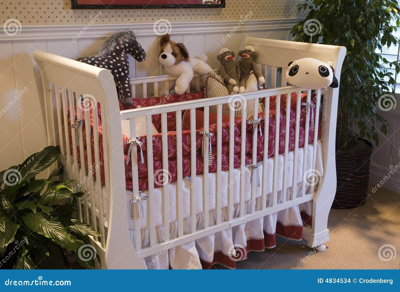 Behandla som ett barn sovrumdekorlyx arkivbilder   bild: 4834534