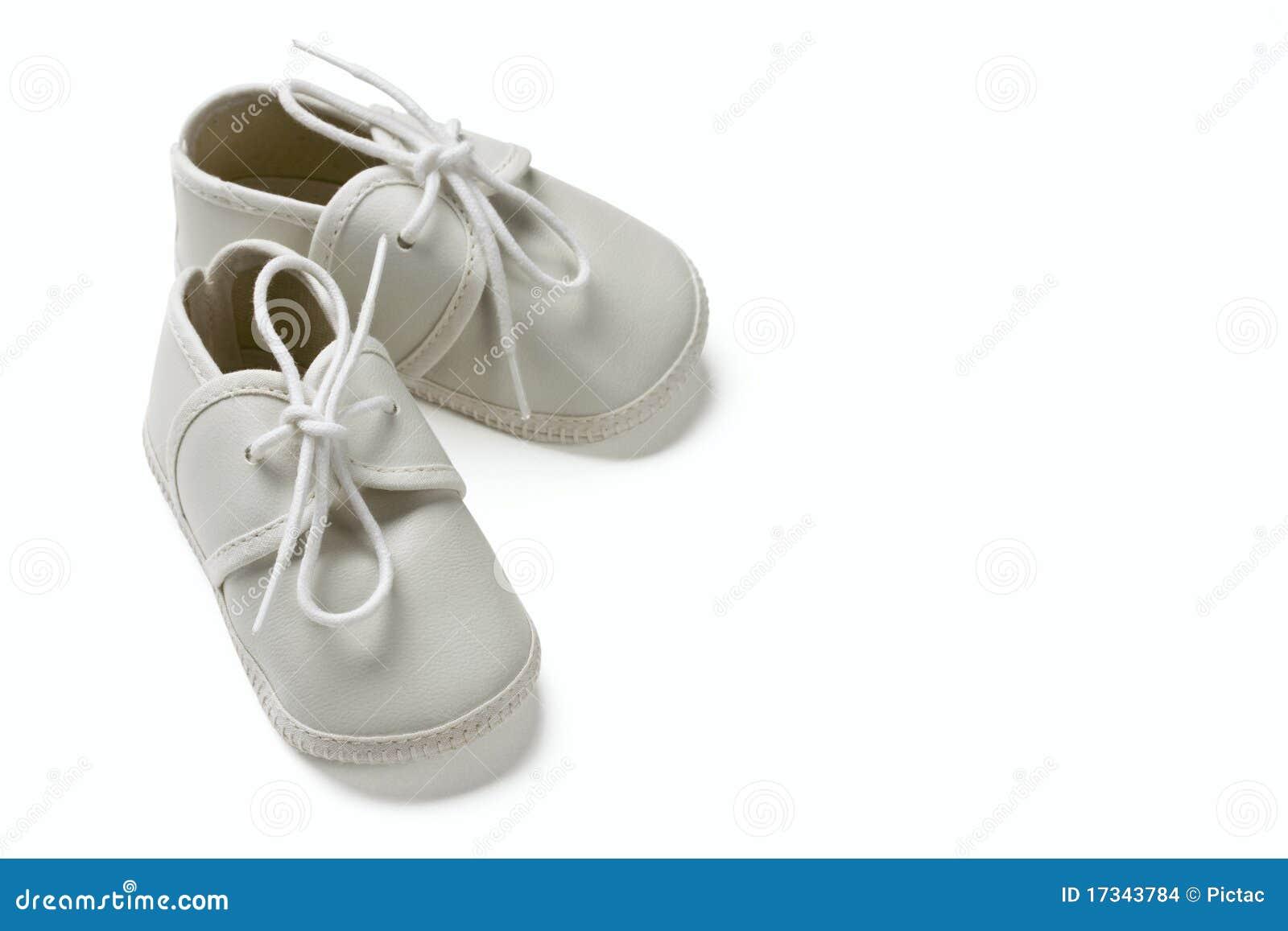 Behandla som ett barn vita skor
