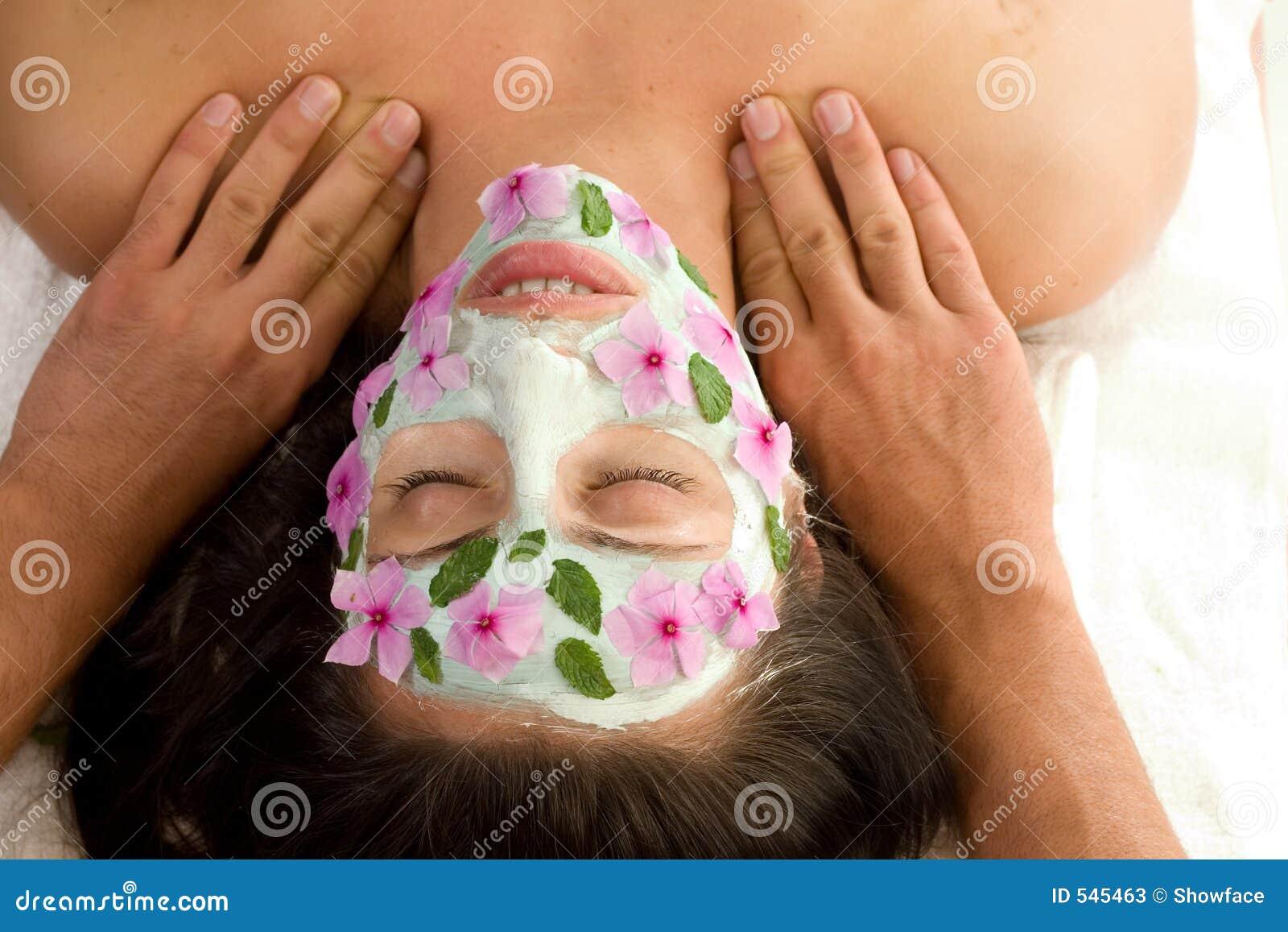 Behandling för skönhetmaskeringsmassage