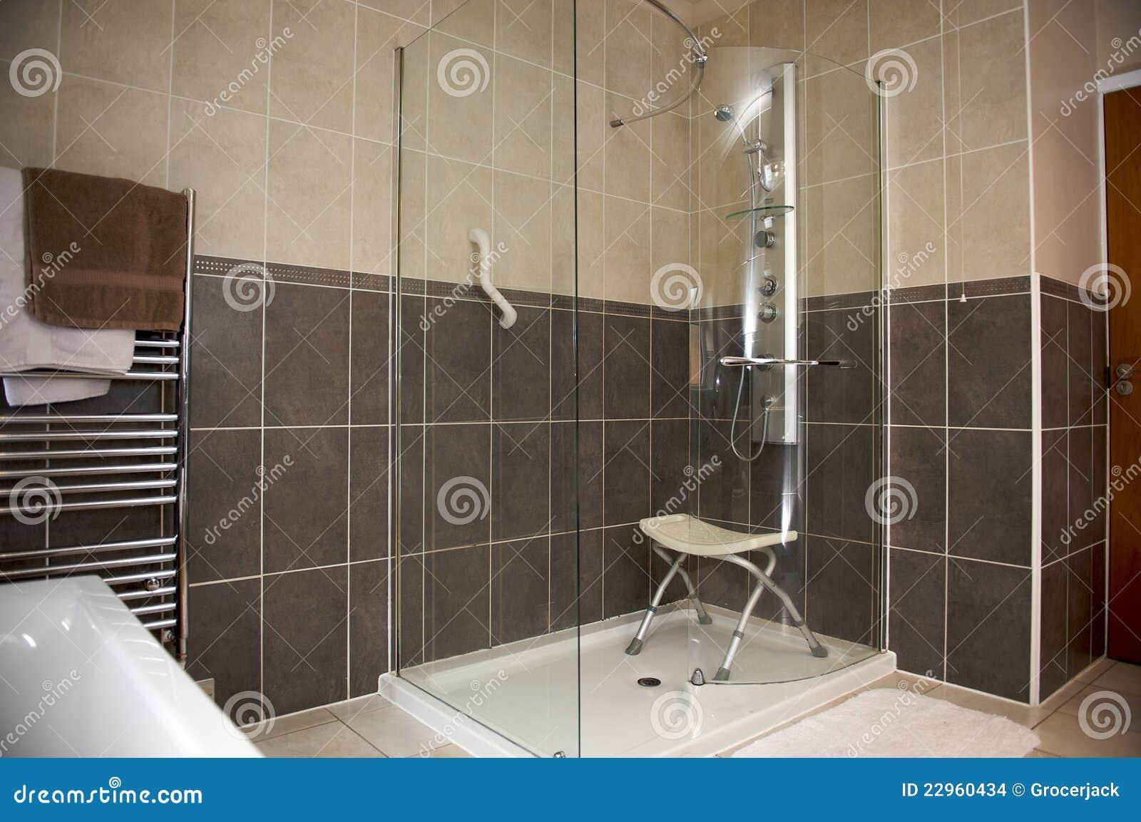 behinderte duschen ma einheit stockbilder bild 22960434. Black Bedroom Furniture Sets. Home Design Ideas