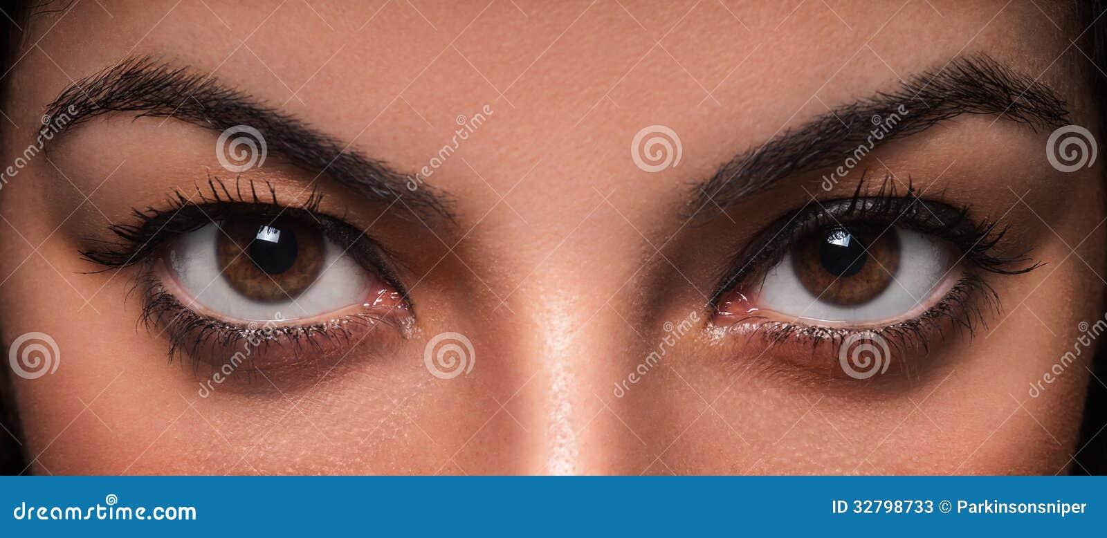 Bei occhi della femmina