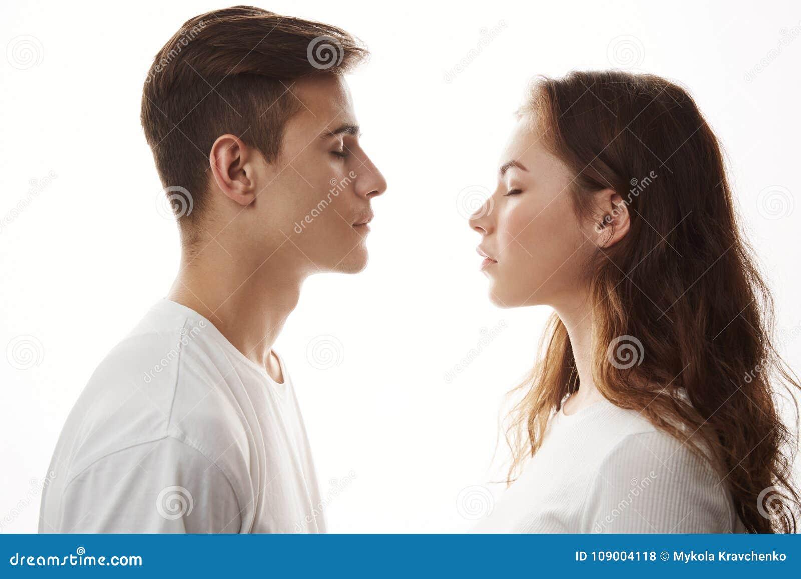 Dating up ragazzo amore incontri reality show