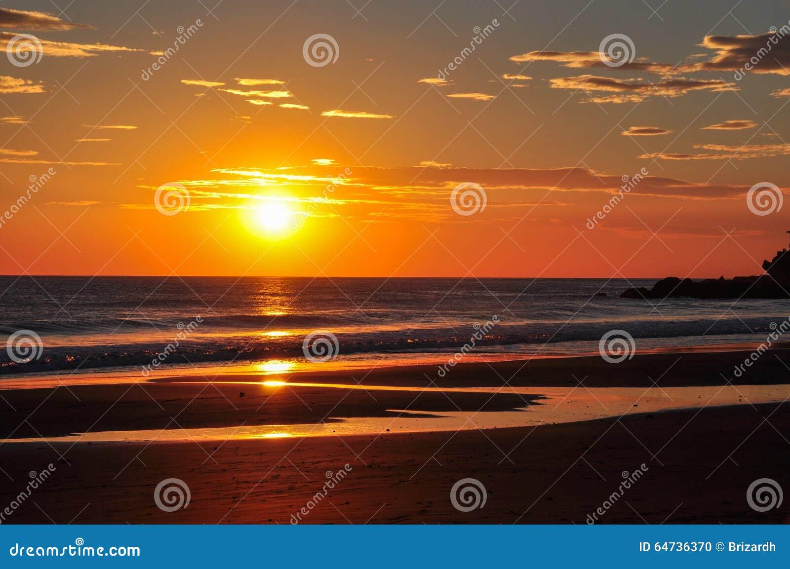 Bei tramonti del EL Zonte, El Salvador di Playa