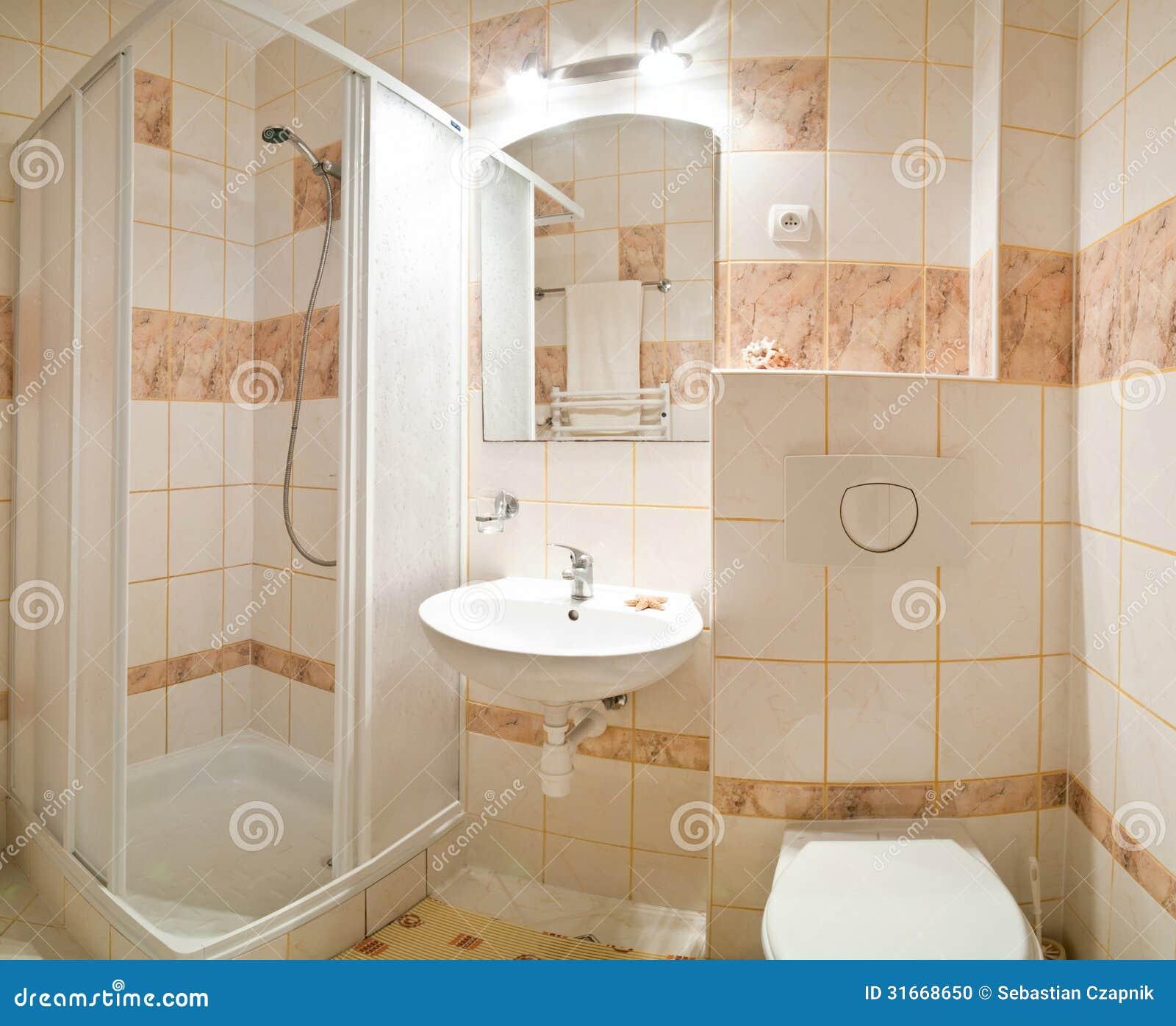 Beige badkamers stock foto afbeelding 31668650 - Badkamers ...