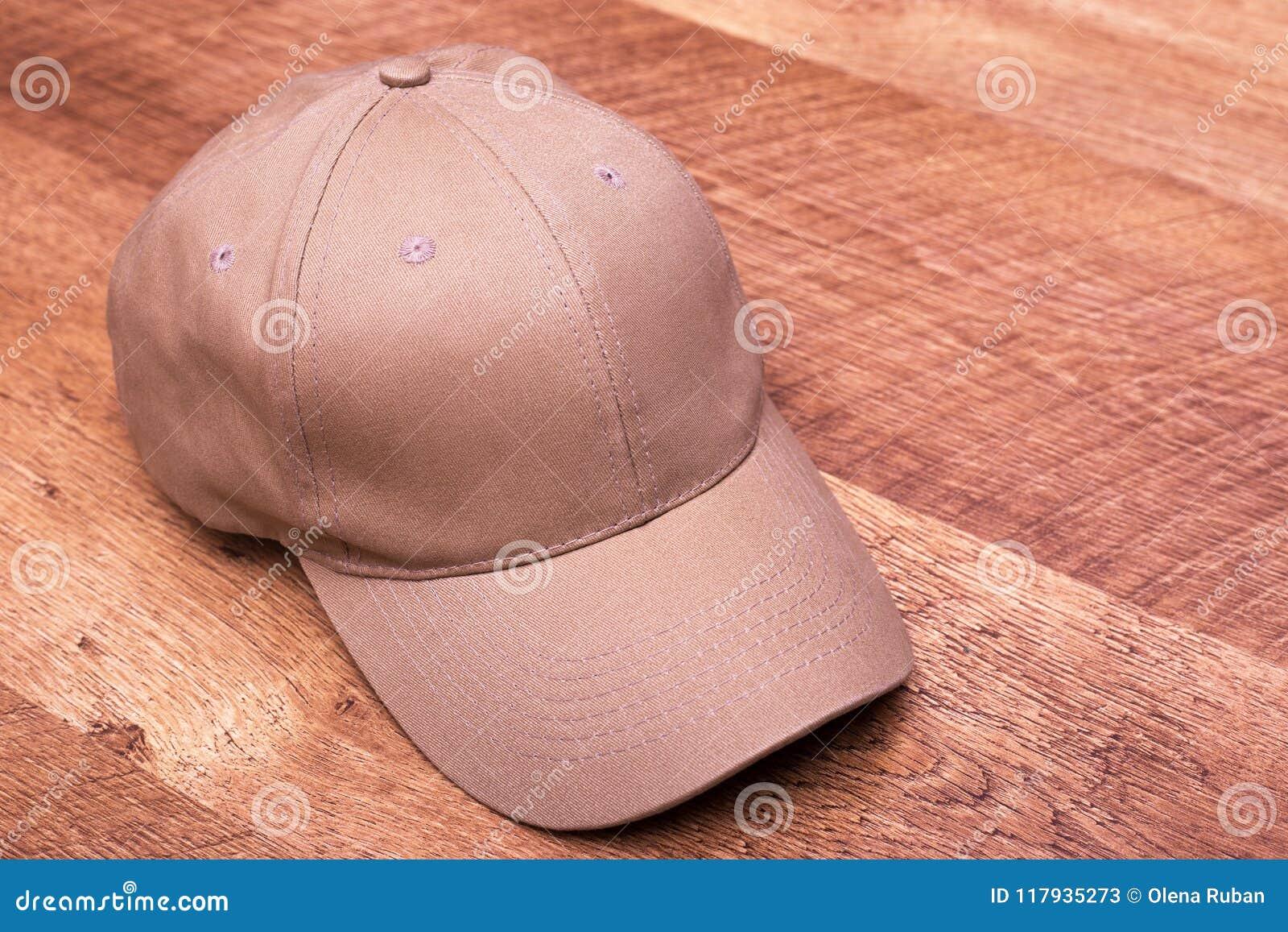 Beige cap on laminate