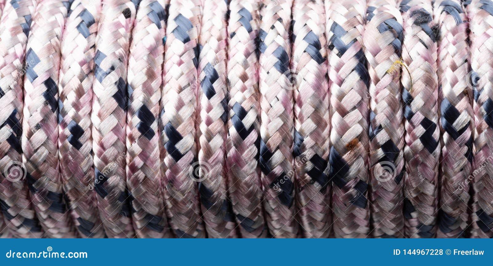Beige färg bundet rep