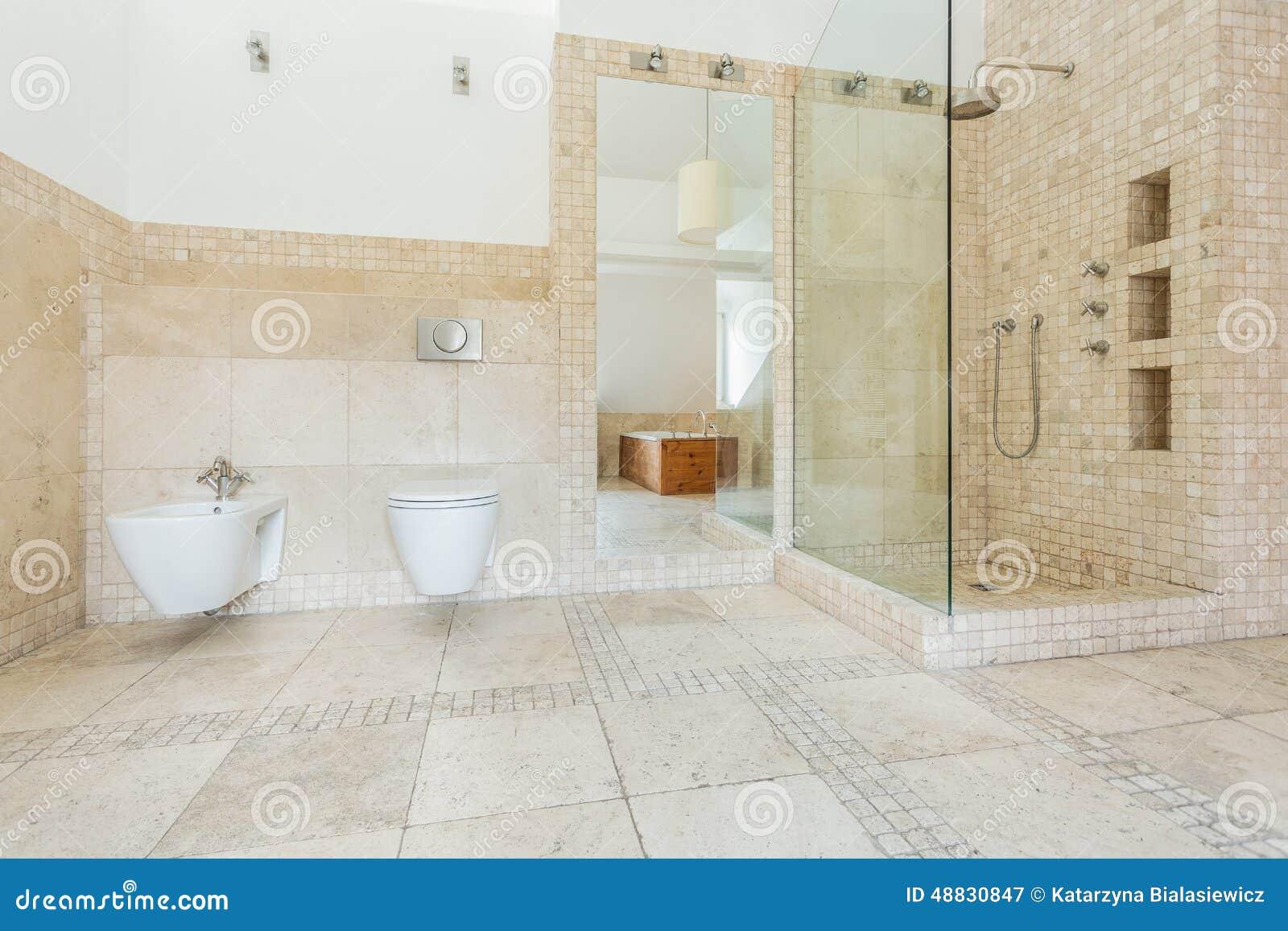 Beige Tegels Op De Muur Stock Foto   Afbeelding: 48830847, Wohnzimmer Dekoo