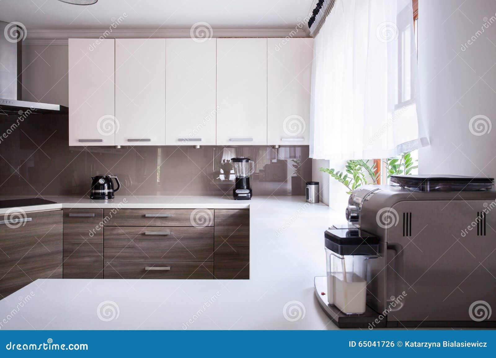 Beeindruckend Küche Beige Referenz Von Pattern Und Weiße Küche Stockfoto. Bild Von