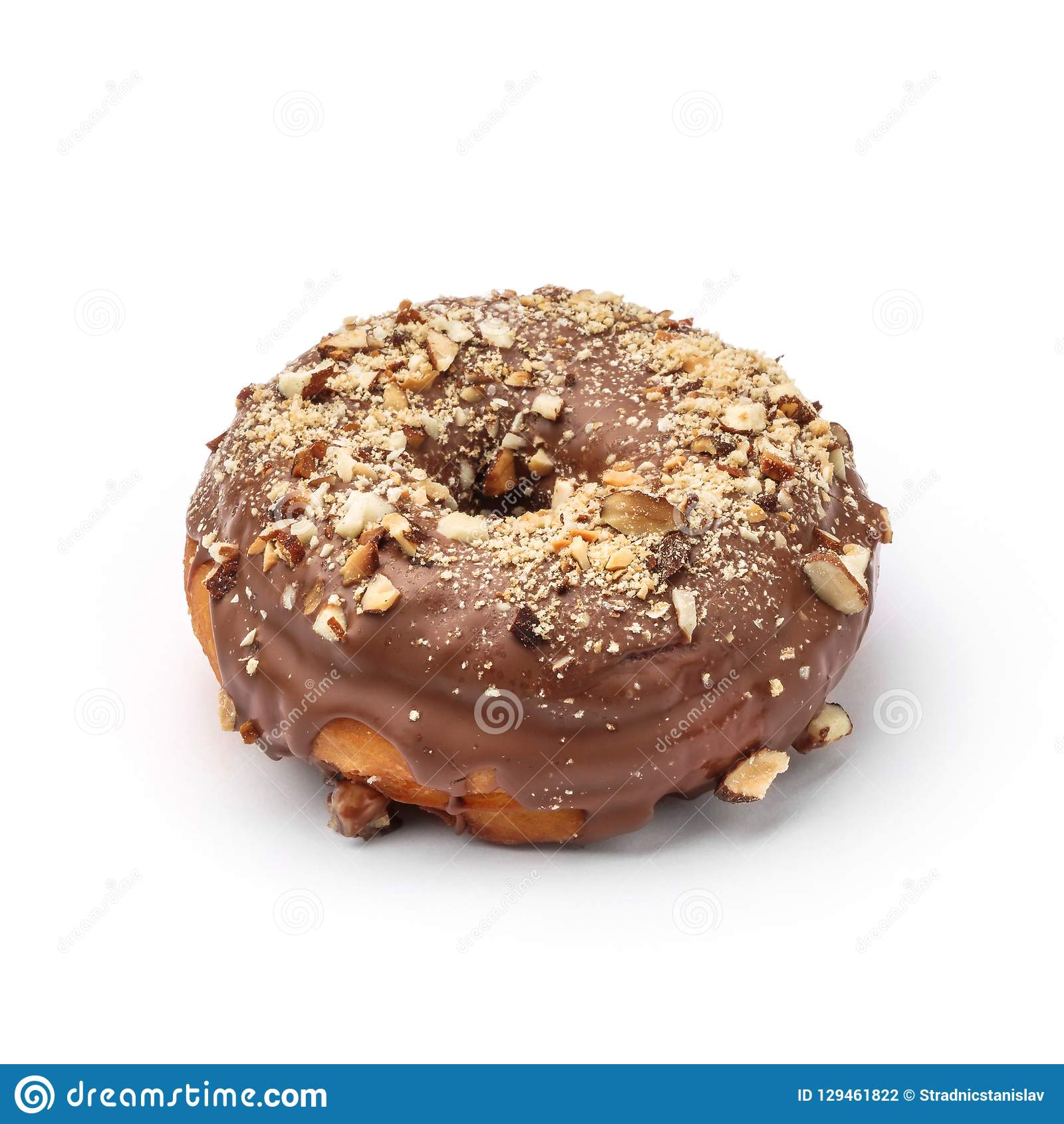 Beignet vitré avec le chocolat et la noix de muscade au lait Vue d un angle de quarante-cinq degrés Image d isolement