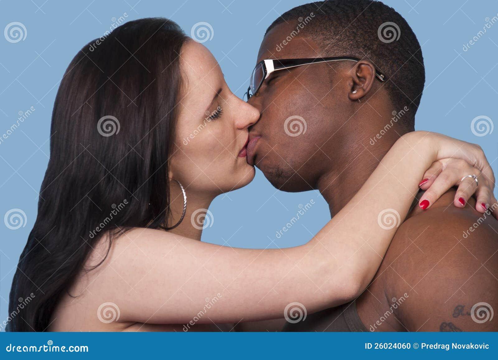 Chica blanca se pone negro interracial