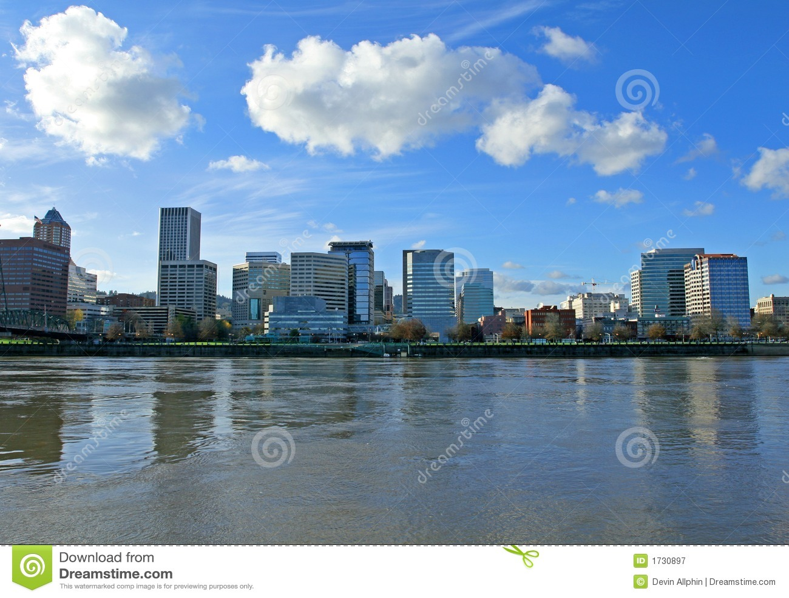 Beira-rio da baixa de Portland