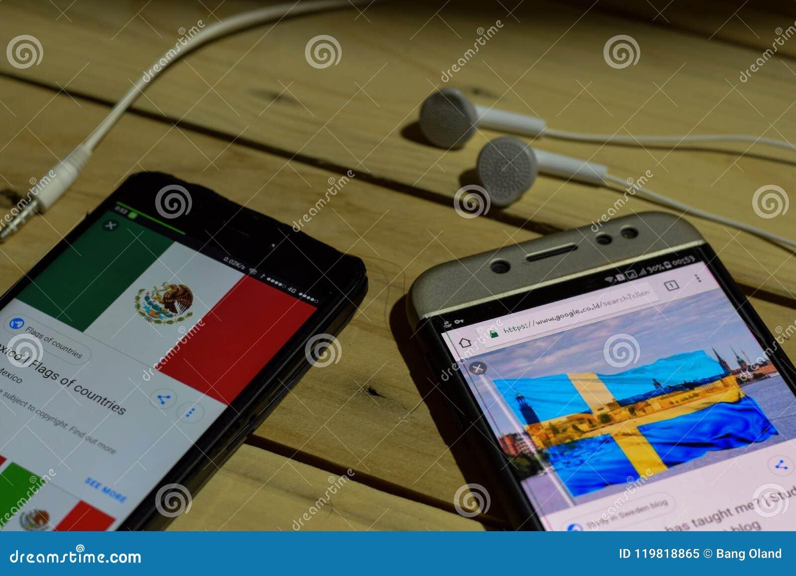 BEKASI, JAVA DEL OESTE, INDONESIA 26 DE JUNIO DE 2018: México contra Suecia en la pantalla de Smartphone Cuando fútbol o fútbol d