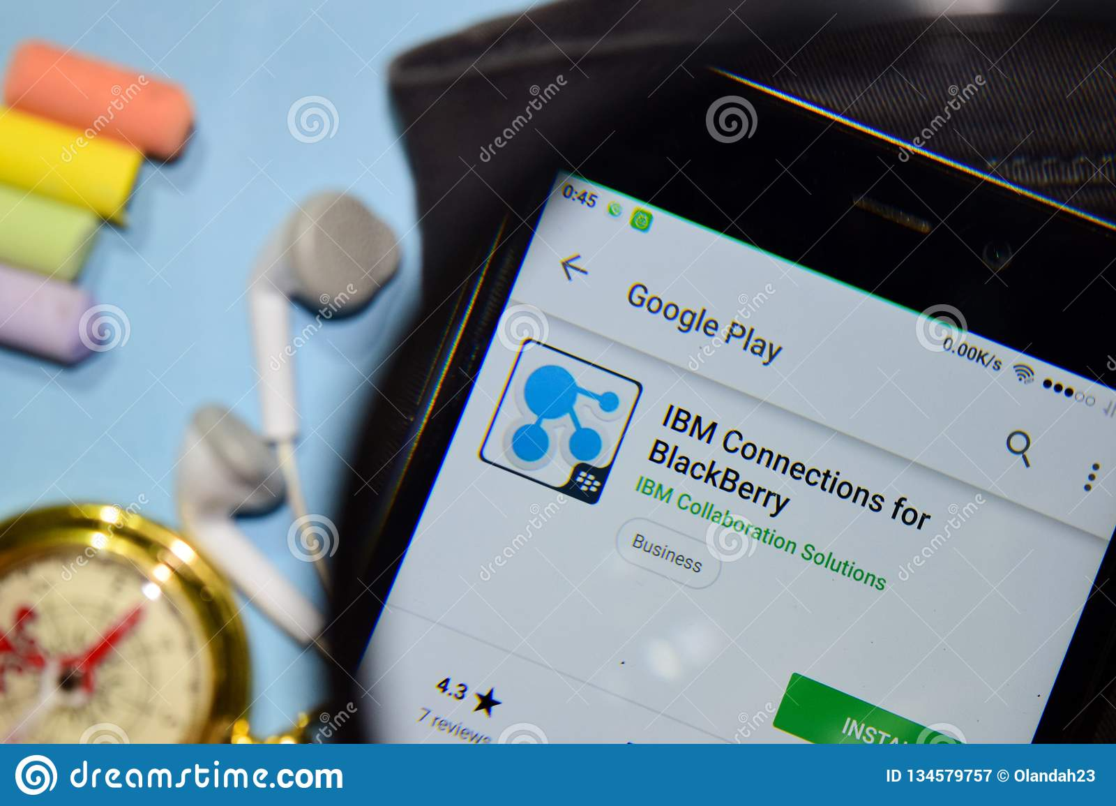 IBM Connections For BlackBerry Dev App With Magnifying On ... on smartphone map app, best iphone map app, nokia map app, gps map app,