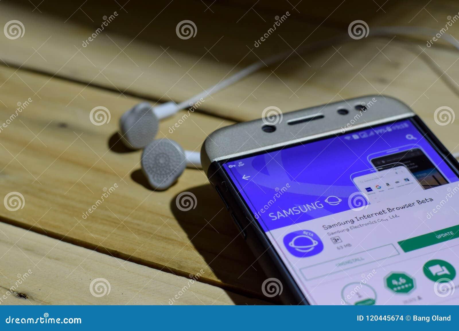 Samsung Dev Application On Smartphone Screen  Internet