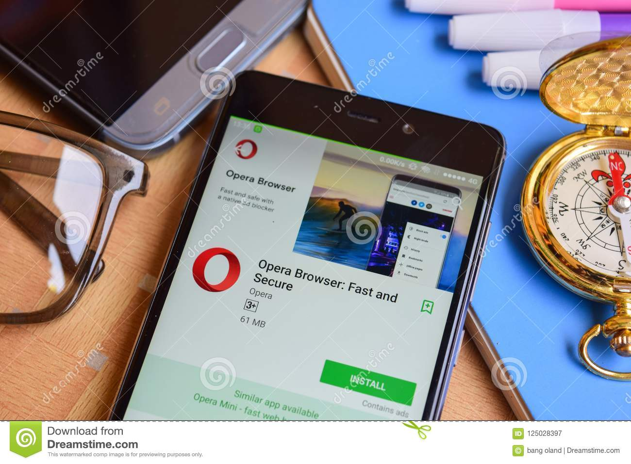 Opera Browser: Fast and Secure dev application on Smartphone screen.