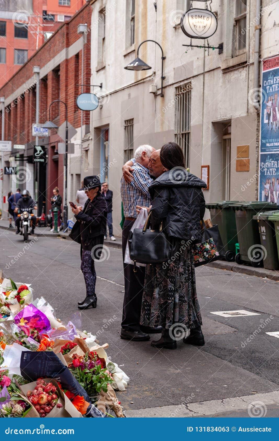 Beklagande till Nino Pangrazio den resterande medägaren av Pellegrinis i Bourke St, Melbourne, Victoria Australia
