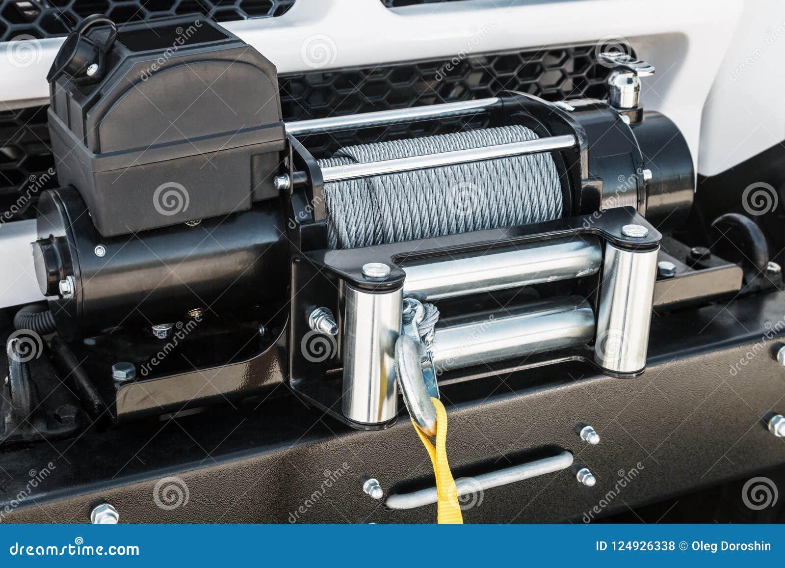 Belägga med metall kabel på vinschrullen för trans. och själv-pullin