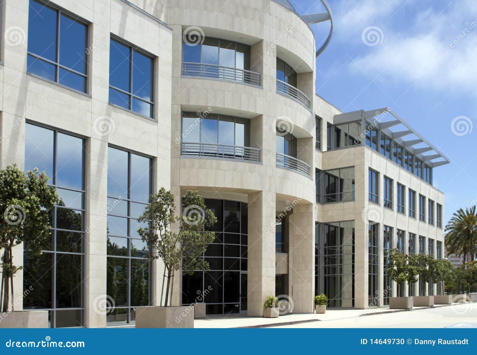 Bel immeuble de bureaux de corporation en Californie