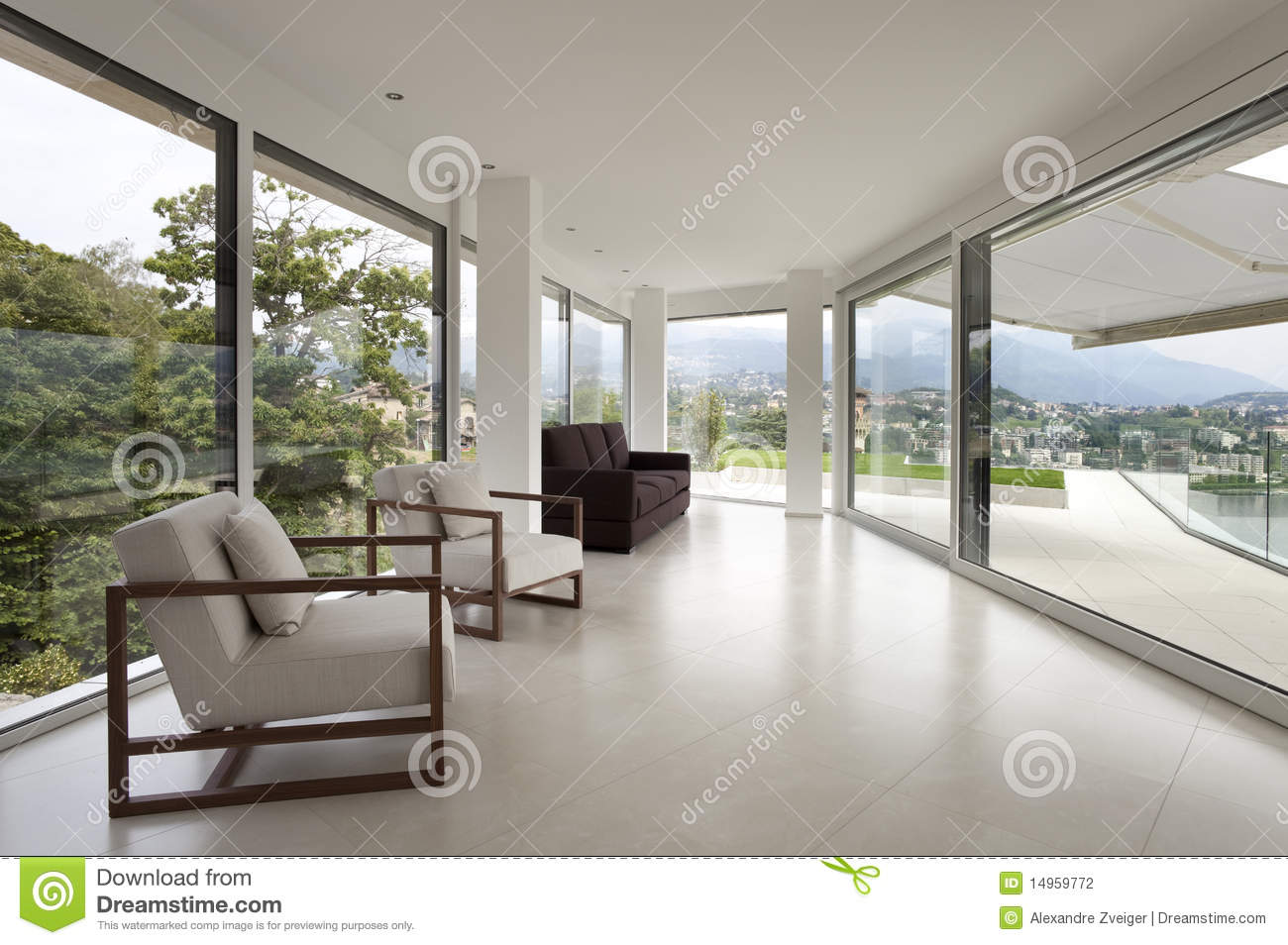 Bel int rieur d 39 une maison moderne photographie stock for Photo interieur de maison moderne