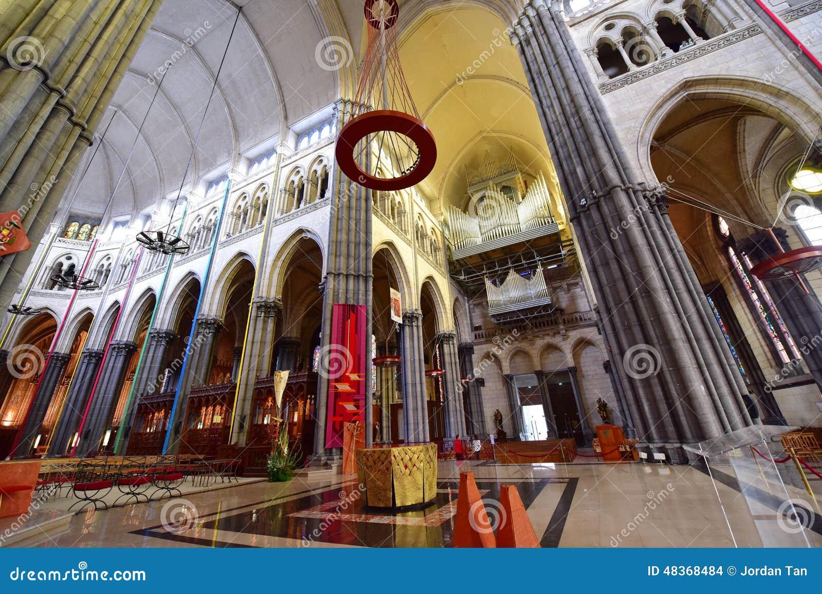 Bel int rieur de la basilique de notre dame de la treille - Eglise notre dame de la treille lille ...