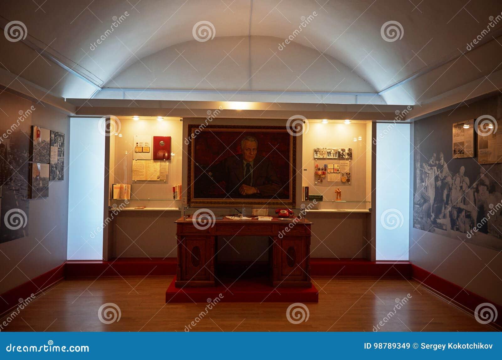 Belarus Der Haupteingang zum Krieg-Denkmal Ausstellungen von den Zeiten des zweiten Weltkriegs des Verteidigungs-Museums vom Bres