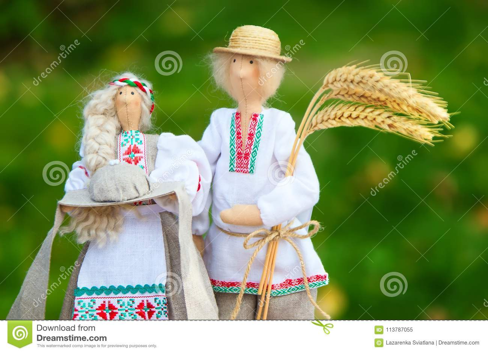 Belarussische Puppen