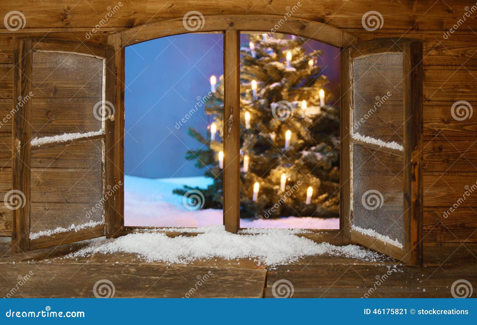 Keramischer beleuchteter Weihnachtsbaum der Weinlese