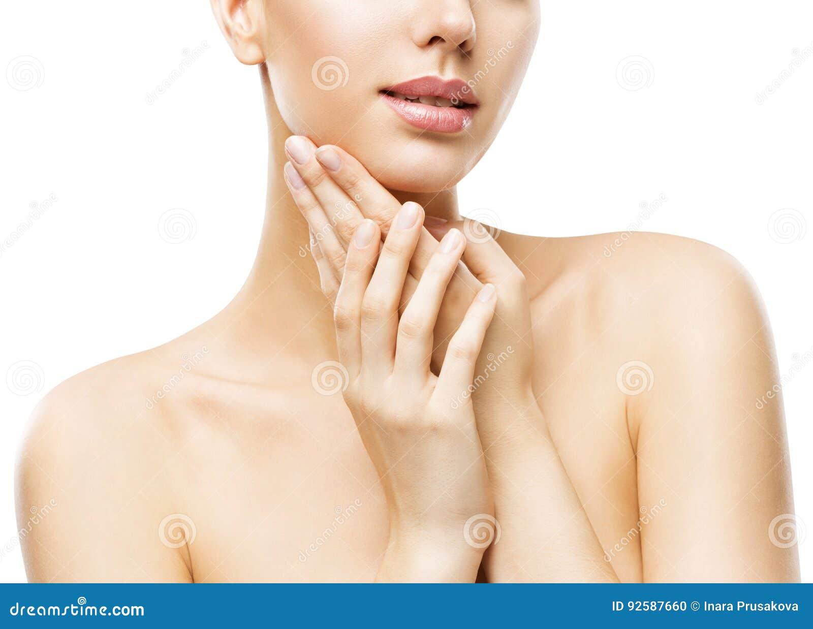 A beleza dos cuidados com a pele, cara atrativa da mulher entrega Skincare, branco