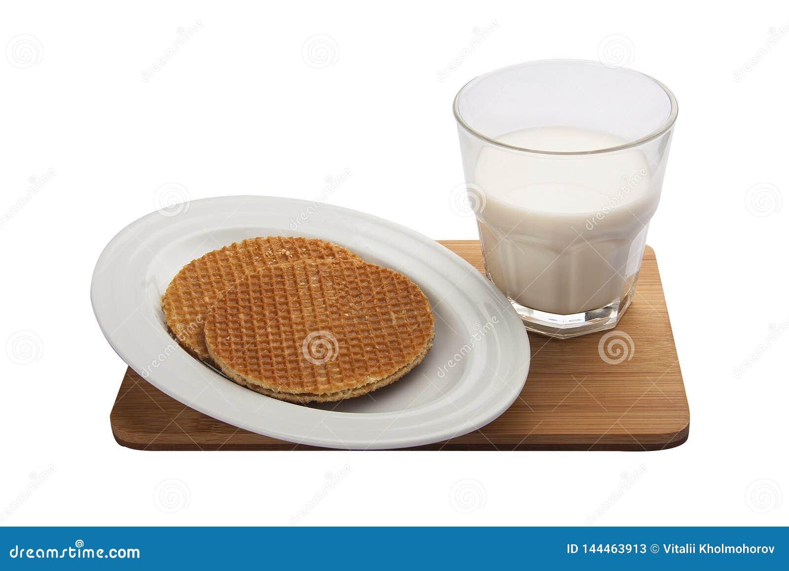 Belgische Waffeln des Fr?hst?cks mit Milch