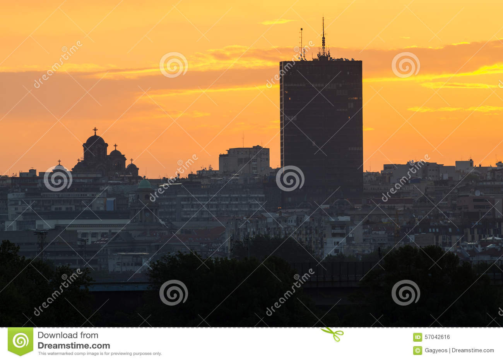 Belgrado bij zonsondergang
