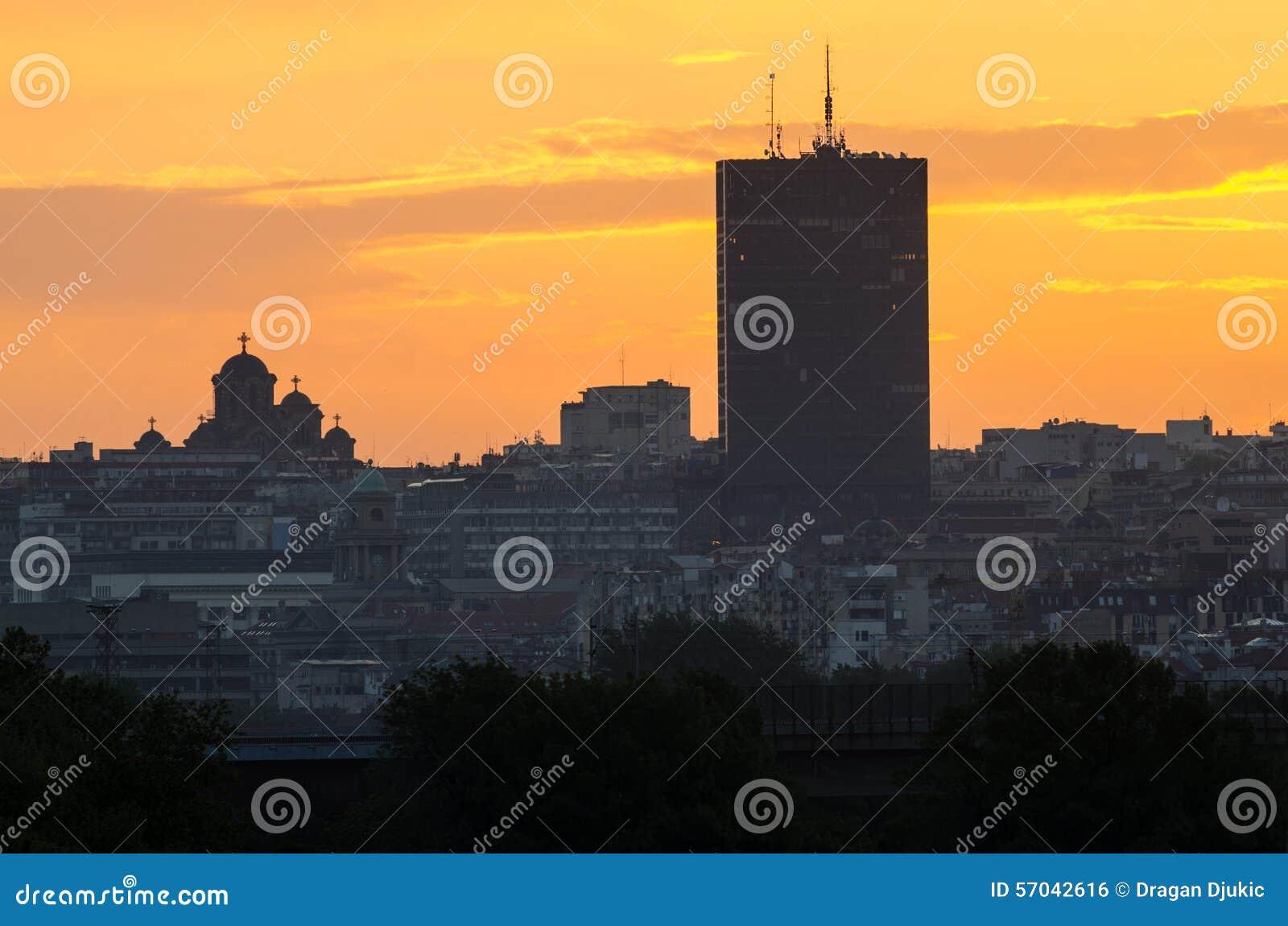 Belgrado en la puesta del sol