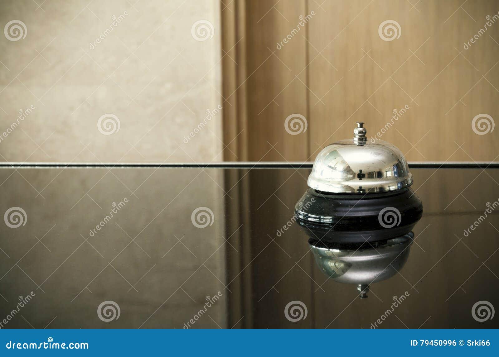 Bell na recepção