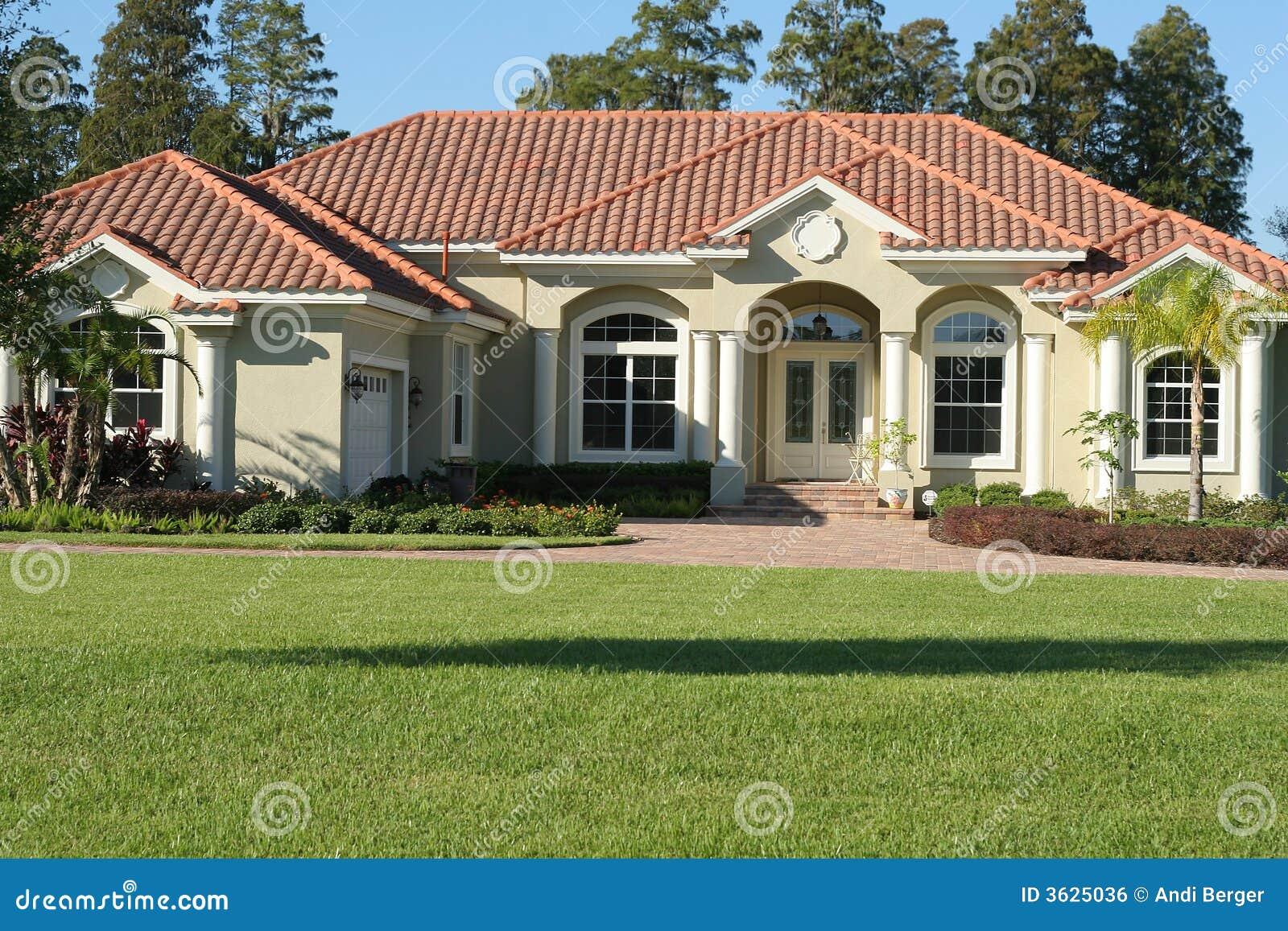 Spanish Villa Style Homes Bella Casa Mediterranea Di Stile Fotografia Stock